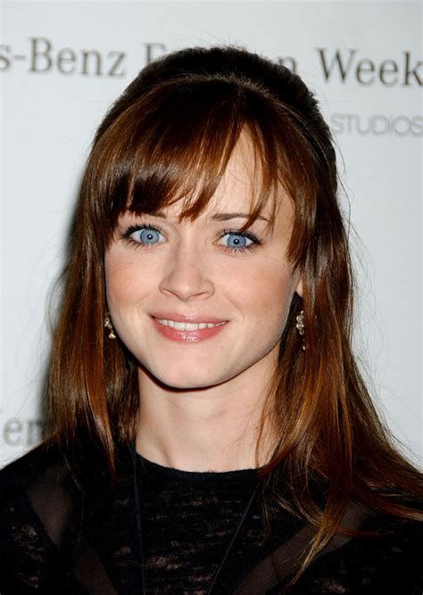 alexis bledel style hairstyles  dresses celebrity