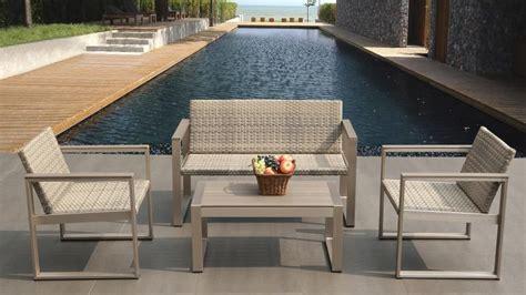 canapé 2 places design pas cher salon de jardin canapé deux fauteuils et table basse