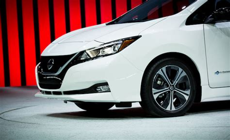 Nissan Hopes To Entice The Youths With Sporty Leaf Nismo