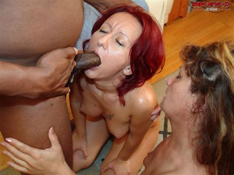 Mature Interracial Kinky Threesome