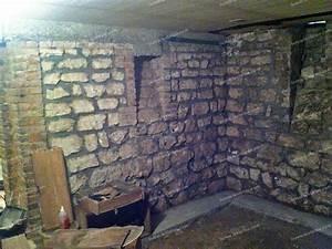 Ventilation Naturelle D Une Cave : assainir une cave humide bande transporteuse caoutchouc ~ Premium-room.com Idées de Décoration