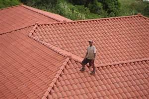 Comment Nettoyer Une Toiture En Tuiles comment entretenir une toiture en tuiles comment