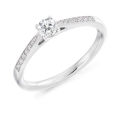 9 carat white gold round brilliant cut diamonds solitaire
