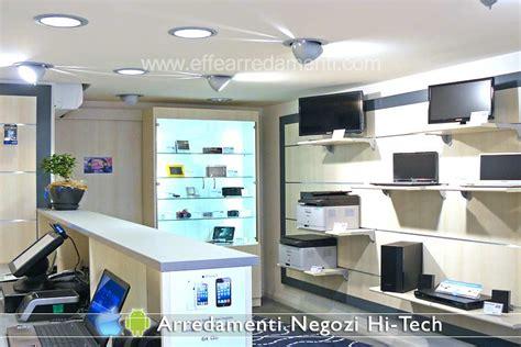 arredamento hi tech arredamenti per negozi elettronica computer smartphone