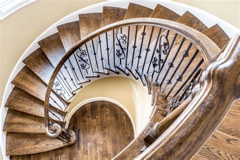 build  spiral staircase