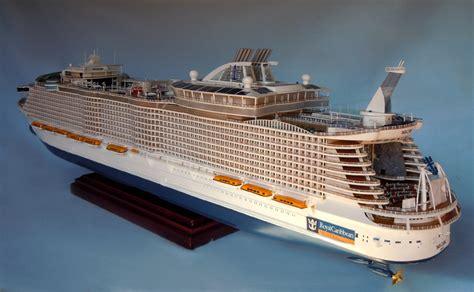 Oasis Of The Seas Cruise Ship Model