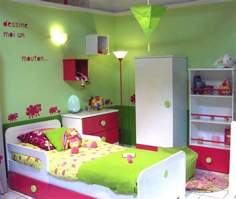 modele chambre bebe fille