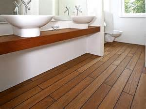 holz für badezimmer badezimmerböden