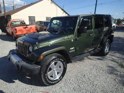wrecked jeep purchase used 2008 jeep wrangler 4dr sahara edition