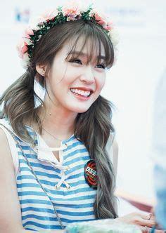 korean kpop girl group snsd   wispy bangs