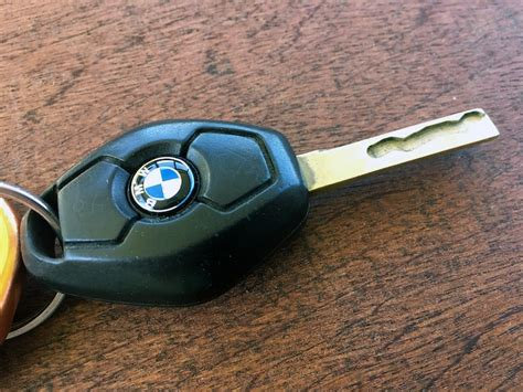 Bmw Key Replacement Cost by Bmw Key Fob Emblem Roundel Replacement Bimmertips