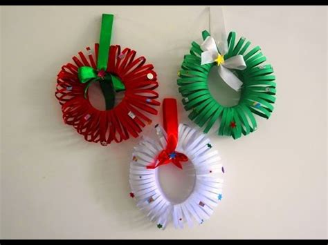 easy christmas wreath tutorial diy christmas room decor