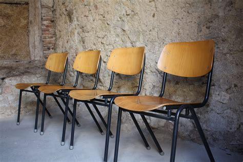 Schulstühle Kantinenstühle Werkstattstühle (1 V 30