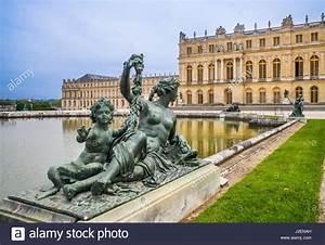 Achat Or Versailles : france ile de france ch teau de versailles le parterre d 39 eau jardin fa ade du palais et ~ Medecine-chirurgie-esthetiques.com Avis de Voitures