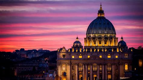 40 Incredible Night Pictures Of Saint Peter's Basilica