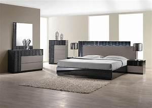 Modern bedroom set with led lighting system modern for Contemporary bedroom furniture sets