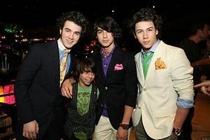 Jonas Brothers and Moises Arias | Flickr - Photo Sharing!