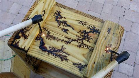lichtenburg fractal burning  wood crate pyrography