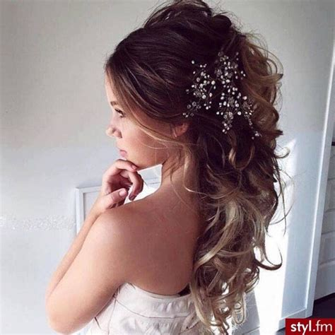 coiffure simple pour mariage chignon coiffure chignon mariage photos de coiffure mariage 2017