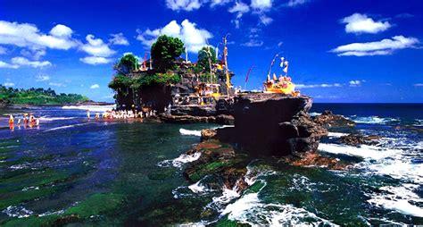 tempat wisata  bali   terkenal  wajib