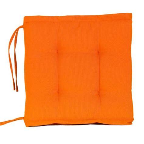coussin de chaise orange coussin de chaise matelassé spun orange coussin et housse de protection eminza