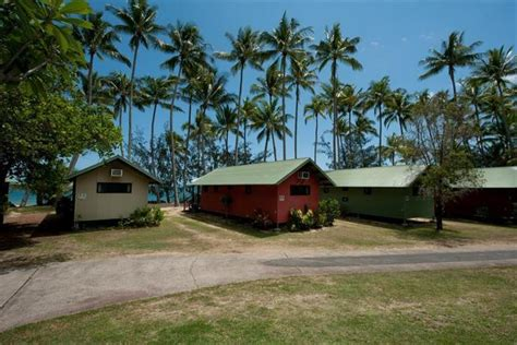 Ellis Beach Oceanfront Bungalows Cairns-compare Deals