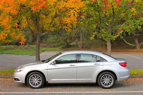 2011 Chrysler 200 Configurator Live