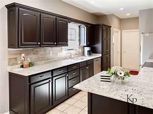 11, Kitchen, With, Dark, Cabinets, And, Dark, Granite