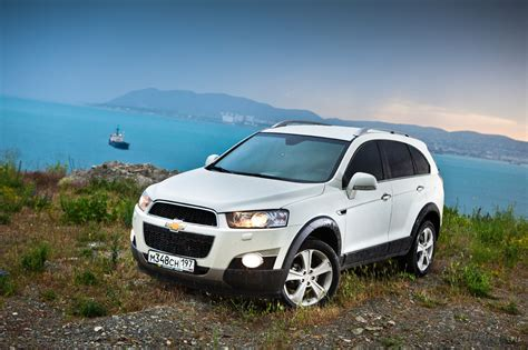 Chevrolet Captiva 2012  Reviews, Prices, Ratings With