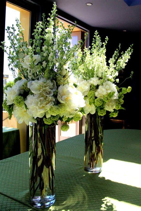 Tall Flower Arrangements For Weddings The Elegant Tall
