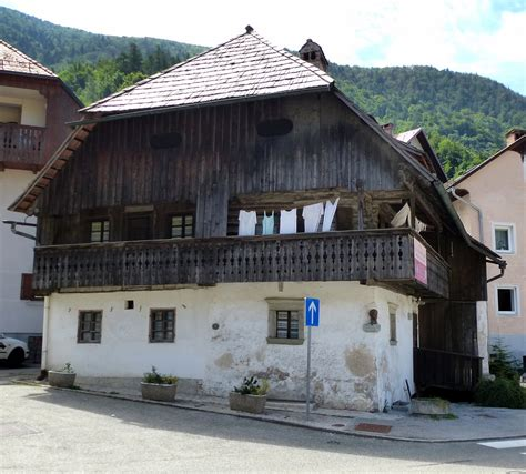 Trzic, Das Kurnikhaus, ältestes Haus Der Stadt Und