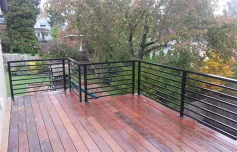Cardinal railing includes all fastening brackets, instructions, and as always free 24/7 installation support. Amazing Horizontal Deck Railing Ideas Kimberly Porch And Garden Code Drawings Home Elements ...