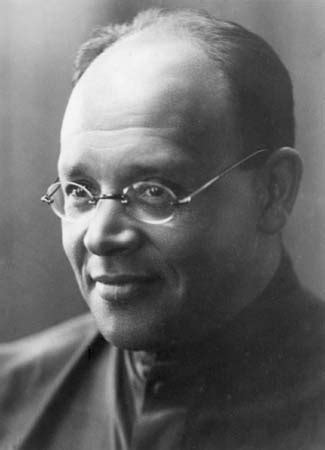 Isaac Babel Biography Short Stories Amp Books