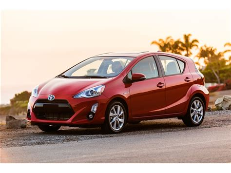 2017 Toyota Prius C Prices, Reviews And Pictures