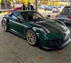 Gt2 Rs Occasion : british racing green 2018 porsche 911 gt2 rs is dressed for the occasion autoevolution ~ Medecine-chirurgie-esthetiques.com Avis de Voitures