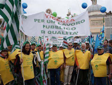 Ufficio Impiego Vicenza by Vicenza Cisl Pubblico Impiego Si Pu 242 Lavorare Meglio