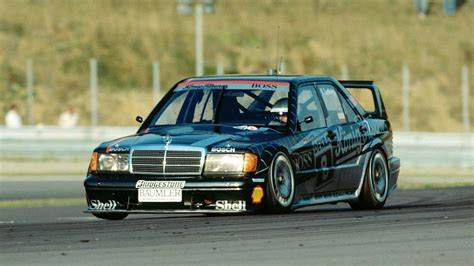 Mercedes 190e Evo 2 Wallpaper by Mercedes Revisits 190e Evo Ii In Stunning Dtm Footage