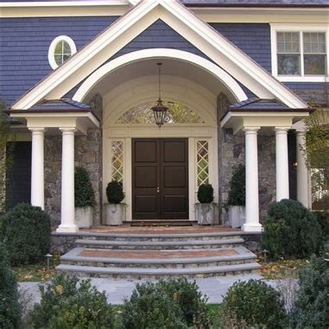 gable entry porch entry to 5000 grosvenor displaying