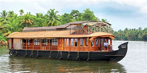 Boat House In Kerala Pictures by 2 Bedroom Houseboat Kerala Yatramantra Holidays