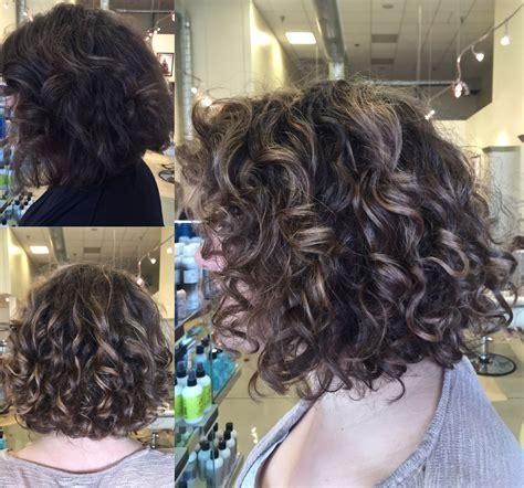 curly hair balayage highlight  lob short bob natural