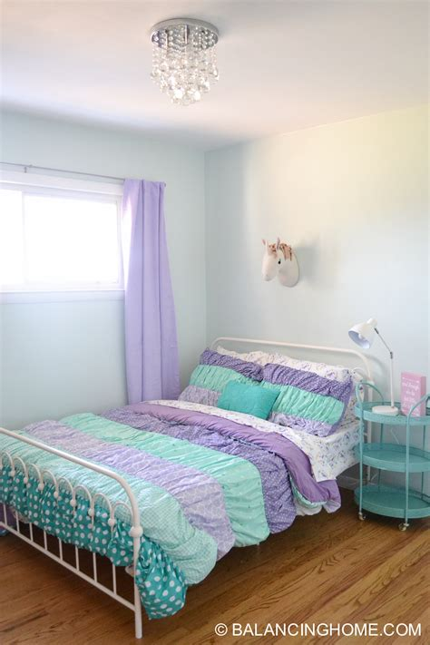 Small Bedroom Decor Bedroom Decorating Ideas Balancing