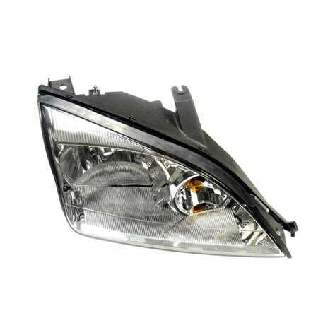replacing headlight bulb in ford focus