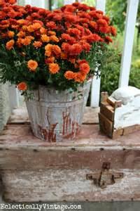 Vintage Fall Porch Decorating