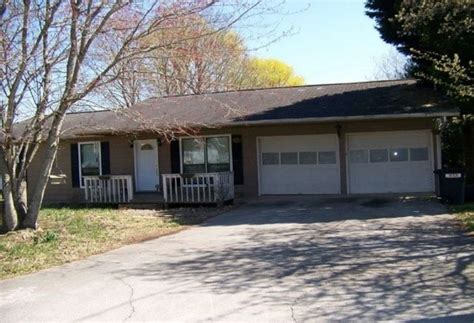 1824 Frankie Ln, Sevierville, Tn 37876 Reo Home Details