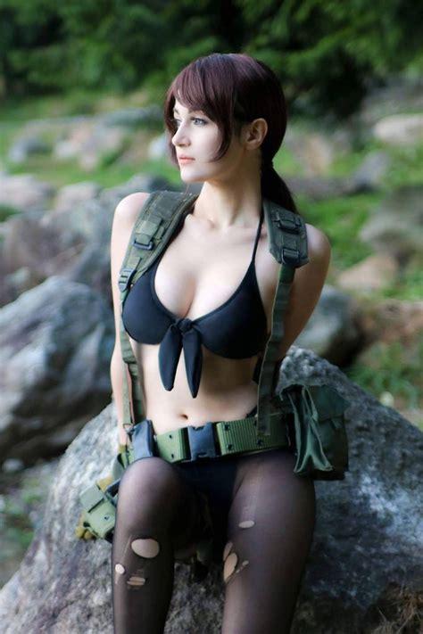 quiet cosplay  meryl sama