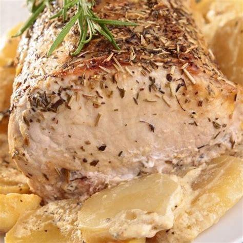 les meilleurs recettes de cuisine recette rôti de porc à l 39 ail au thym et rattes au four