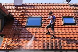 Comment Nettoyer Du Zinc : nettoyage toiture comment entretenir son toit ~ Melissatoandfro.com Idées de Décoration