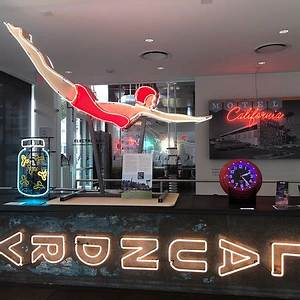 Museum of Neon Art MONA Los Angeles 2018 Alles wat u