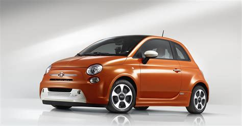 Discover the new fiat 500 range with its iconic design and performance. 2017 Fiat 500e News and Information | conceptcarz.com