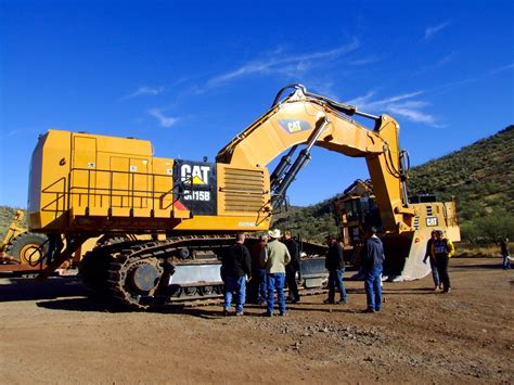 caterpillar launches  hydraulic shovel  increased